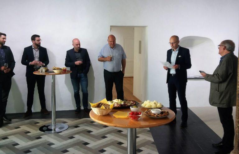 Thomas Galletti et Maxime Bagnoud de la Fondation UBS pour la culture, Léonard Roserens, vice-président de la délégation valaisanne à la Loterie Romande, Xavier Lavanchy, Président de la Ville de St-Maurice, Walter Tschopp, membre du conseil de la FAA